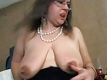 boobs big-tits amateur nipples milf mature kitty