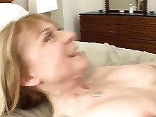lingerie milf nylon panties pussy ride big-tits seduced bus