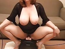 bus busty milf wife amateur big-tits boobs