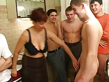 friends fuck gang-bang hd licking mammy mature old-and-young pussy
