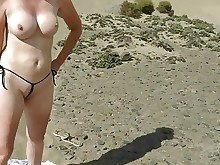 beach amateur public milf hd