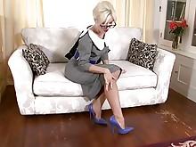 blonde fingering masturbation milf nylon stocking vintage