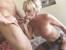 hot mammy mature milf orgasm ride solo vibrator blonde