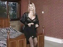 cumshot lingerie mammy milf nasty pornstar pov