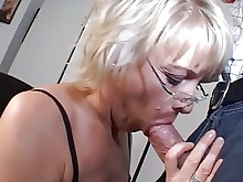 hidden-cam mammy mature office secretary stocking