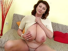 amateur big-tits boobs hd kitty mammy mature milf