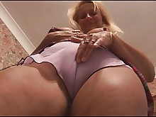amateur blonde bus busty erotic mature milf skirt upskirt