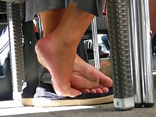 bus feet foot-fetish juicy lesbian mature office playing solo