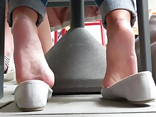 amateur bus feet foot-fetish mammy mature milf office playing
