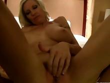 18-21 mammy milf pornstar