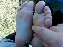amateur car cum cumshot feet foot-fetish footjob girlfriend hot